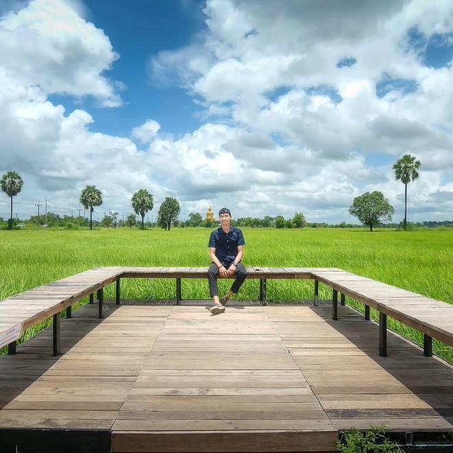 Quán cà phê rộng 30ha, view ruộng lúa bao la xanh ngát ở Thái Lan đang gây sốt rần rần - Ảnh 5.