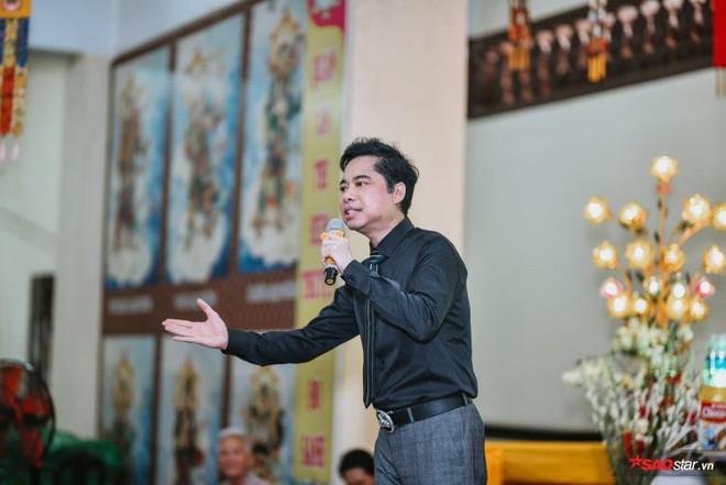 Ngọc Sơn lần đầu tổ chức lễ nhận con nuôi Duy Cường tại chùa - Ảnh 2.