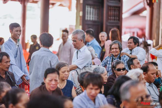 Ngọc Sơn lần đầu tổ chức lễ nhận con nuôi Duy Cường tại chùa - Ảnh 15.