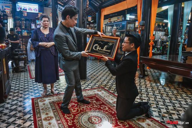 Ngọc Sơn lần đầu tổ chức lễ nhận con nuôi Duy Cường tại chùa - Ảnh 8.