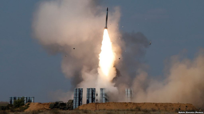 Bằng tên lửa S-300, Nga đột ngột chơi rắn với Israel: Tay chơi bản lĩnh, khôn ngoan! - Ảnh 1.