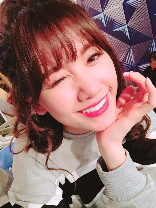 Hari Won - Nhã Phương: Vợ của 2 danh hài hot nhất showbiz Việt lại có 1 điểm chung nhan sắc mà không phải ai cũng biết - Ảnh 8.