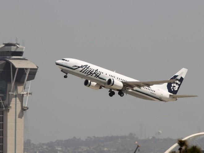 Cười bò với những lý do kì quặc khiến các chuyến bay buộc phải quay đầu - Ảnh 11.