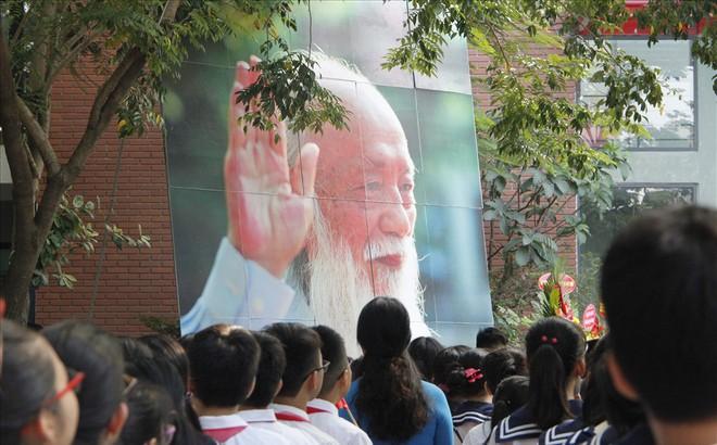 Mùa khai giảng đầu tiên vắng bóng nhà giáo Văn Như Cương của thầy trò Lương Thế Vinh