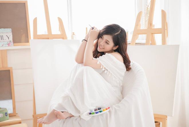 Nhan sắc xinh đẹp và thông tin hiếm hoi về hot girl kiêm MC Cao Vy - Ảnh 6.