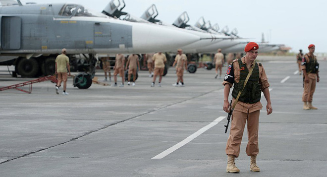 Đại tá Nga: Khủng bố Syria ở Idlib hàng thì sống, chống thì chết - Ảnh 1.