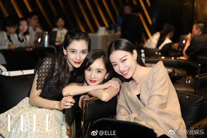 3 tiểu Hoa đán hàng đầu Cbiz Angela Baby - Dương Mịch - Nghê Ni chung 1 khung hình: Ai đẹp hơn ai? - Ảnh 1.