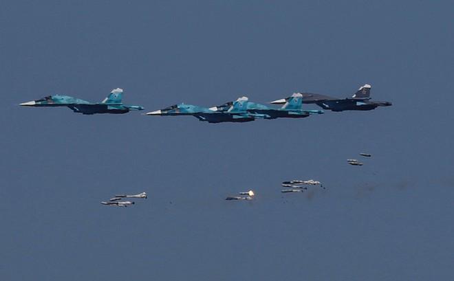 """Đại tá Nga: Khủng bố Syria ở Idlib """"hàng thì sống, chống thì chết"""""""
