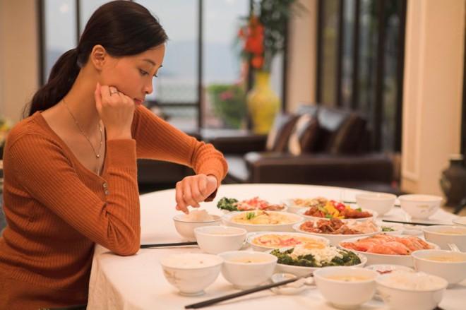20 tiêu chuẩn vàng quốc gia về ăn uống lành mạnh: Ghi nhớ, áp dụng sẽ khoẻ mạnh cả đời - Ảnh 4.