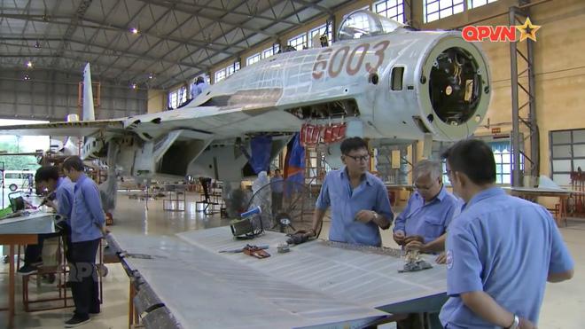 Việt Nam đẩy nhanh tiến độ tăng hạn, sửa chữa lớn tiêm kích Su-27 - Ảnh 3.
