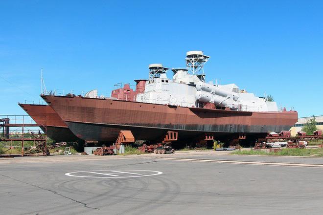 Thiết kế mới của tàu tên lửa tấn công nhanh 1241.8 Molniya: Ấn tượng, khác biệt hoàn toàn - Ảnh 4.