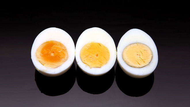 Chuyên gia tiết lộ: Bí mật dinh dưỡng và cách ăn trứng  gà tốt nhất nhiều người chưa biết - Ảnh 3.