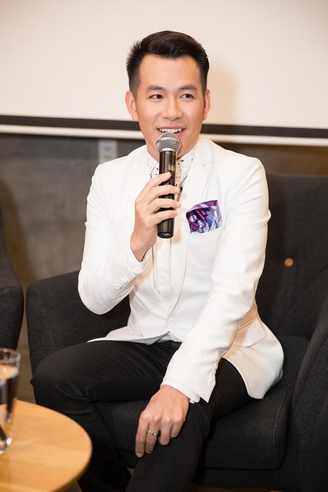 Quang Linh: Tôi và Hồ Trung Dũng đi diễn đều ở cùng phòng - Ảnh 1.