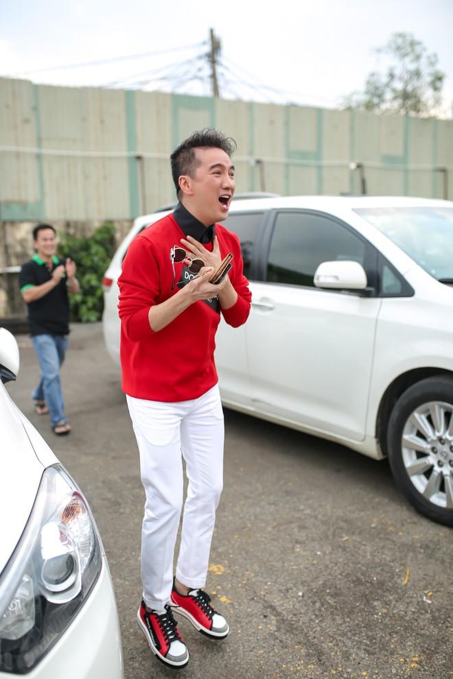 Sự kiện vỡ trận vì Mr Đàm nổi loạn, đòi xem U23 trên du thuyền triệu đô - Ảnh 9.