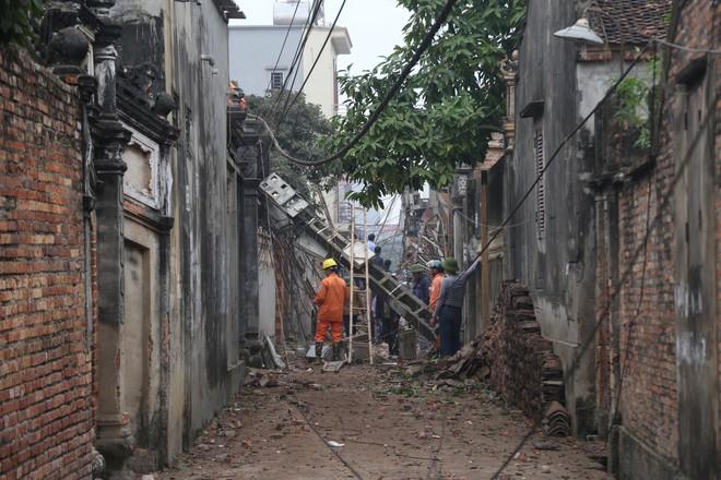 Hiện trường vụ nổ ở Bắc Ninh được phong tỏa như thế nào? - Ảnh 5.