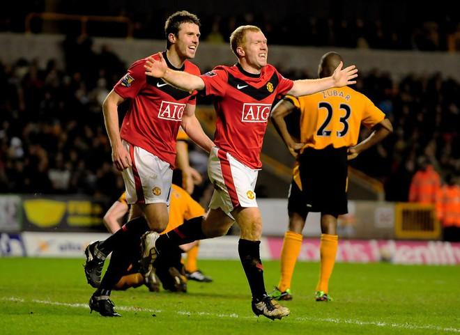 Old Trafford cần một thủ lĩnh, và đấy phải là Pogba! - Ảnh 3.