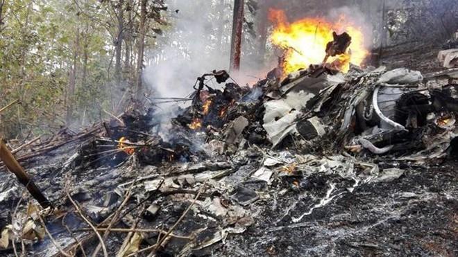 Máy bay chở 12 người rơi ngày cuối năm, không ai sống sót  - Ảnh 1.