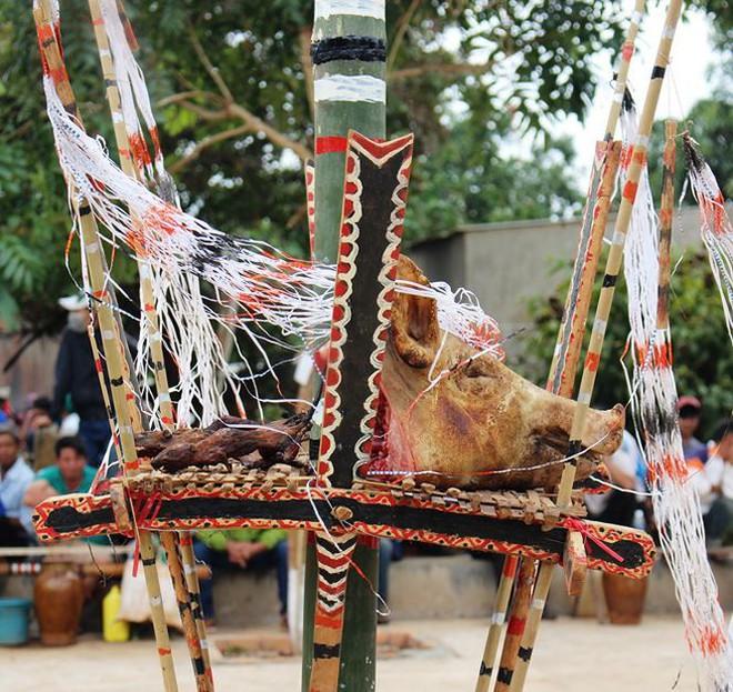 Đặc sắc lễ mừng lúa mới của đồng bào Xê Đăng - Ảnh 2.