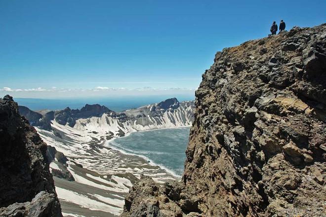 Thước phim về ngọn núi linh thiêng và cuộc sống của người dân Triều Tiên dưới góc nhìn Mỹ - Ảnh 9.
