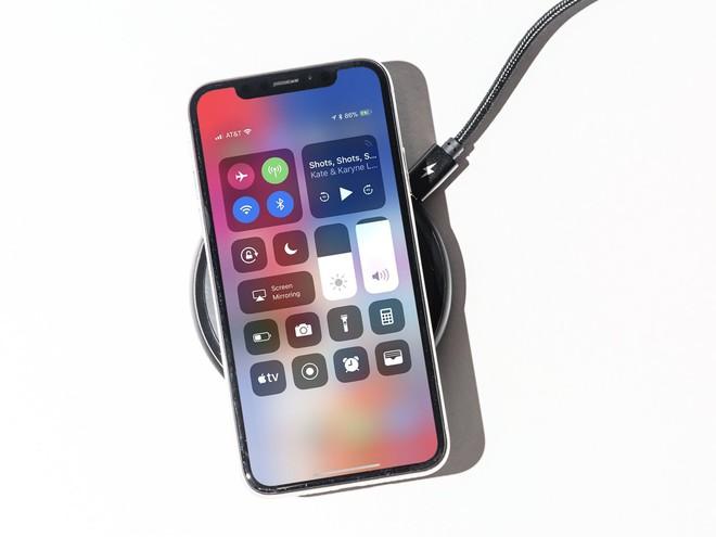Hầu hết người dùng đang sạc điện thoại sai cách - Ảnh 1.