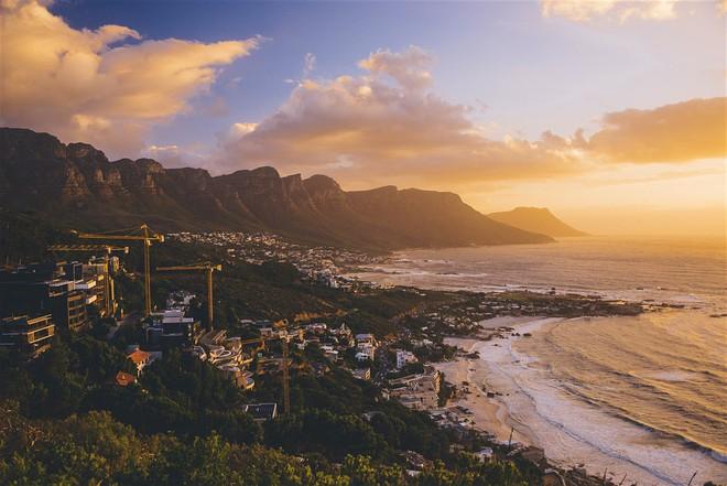 4 tháng nữa thôi, thành phố du lịch đẹp nhất thế giới có nguy cơ bị xóa sổ vì thảm họa tự nhiên nghiêm trọng - Ảnh 2.
