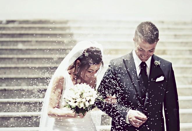 Những luật lệ hôn nhân kì lạ nhất thế giới: Philippines không cho phép ly hôn, Anh không công nhận hôn nhân tổ chức ở ngoài trời - Ảnh 1.