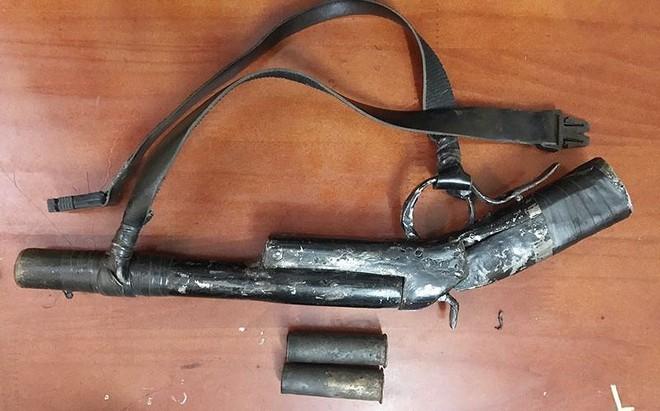 2 người trộm chó bị dân vây đánh thương vong - Ảnh 2.