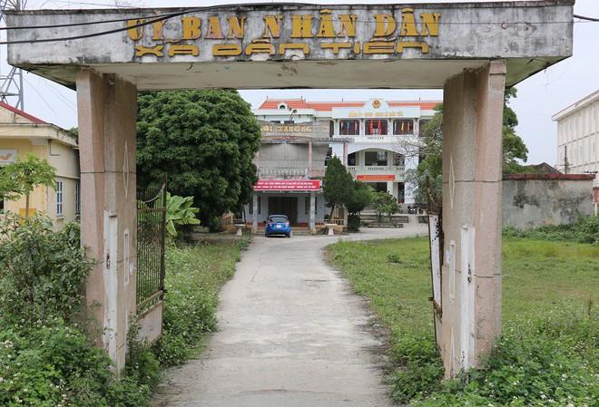 Cận cảnh gần 6 tấn đầu đạn trong vườn nhà dân ở Hưng Yên - Ảnh 1.