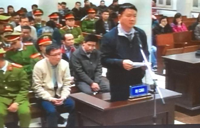 Bị cáo Trịnh Xuân Thanh khóc khi nói lời sau cùng tại tòa - Ảnh 2.