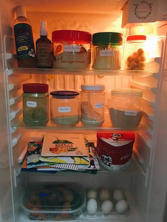 Những cô bạn dùng cả thanh xuân để biến chiếc tủ lạnh thành tiệm spa mini - Ảnh 1.