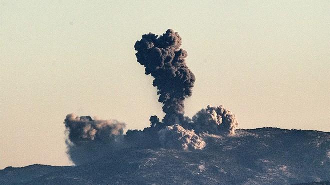 100 mục tiêu trúng bom, Afrin gồng mình hứng chịu cơn thịnh nộ mang tên Thổ Nhĩ Kỳ - Ảnh 1.