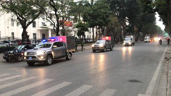 Thẩm phán bắt đầu đọc bản án cho bị cáo Đinh La Thăng, Trịnh Xuân Thanh và đồng phạm - Ảnh 4.