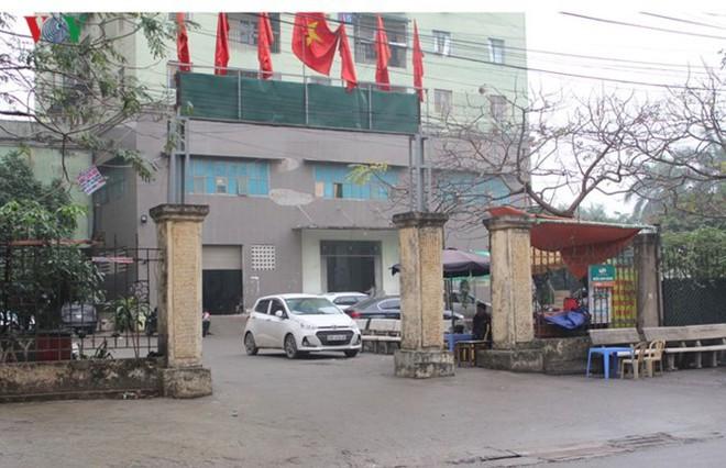 """[Ảnh] Hà Nội tăng phí gửi xe, """"xế hộp"""" nháo nhác tìm chỗ đỗ - Ảnh 12."""