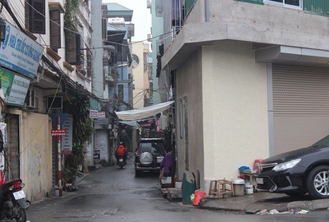 """[Ảnh] Hà Nội tăng phí gửi xe, """"xế hộp"""" nháo nhác tìm chỗ đỗ - Ảnh 14."""