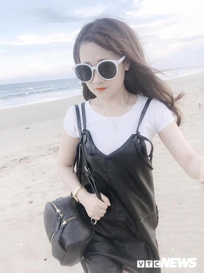 Ngỡ ngàng hot girl Sài thành 27 tuổi trẻ trung như học sinh cấp 2 - ảnh 3