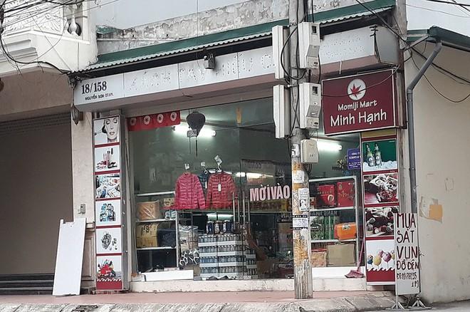 """Bất thường ở """"thủ phủ"""" hàng xách tay Nguyễn Sơn - Ảnh 4."""