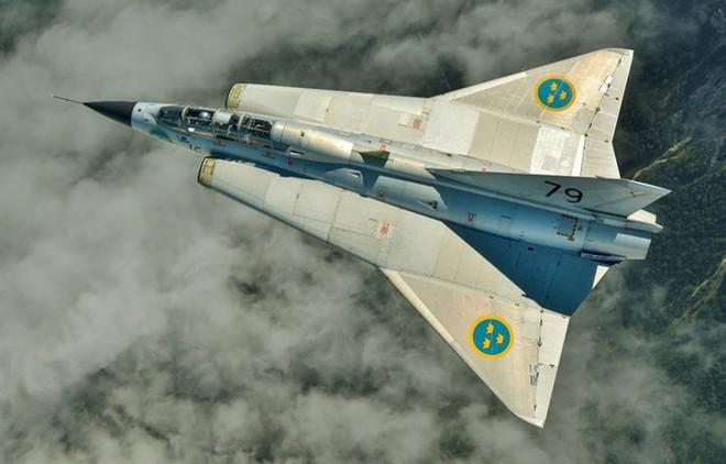 """Saab 35 Draken: """"Rồng sắt"""" đáng sợ của Không quân Thụy Điển - Ảnh 4."""