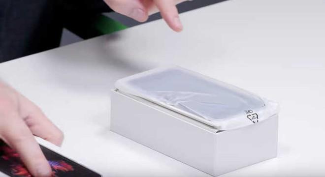 9 bước tránh hàng fake khi mua điện thoại tân trang hoặc đã qua sử dụng - Ảnh 4.