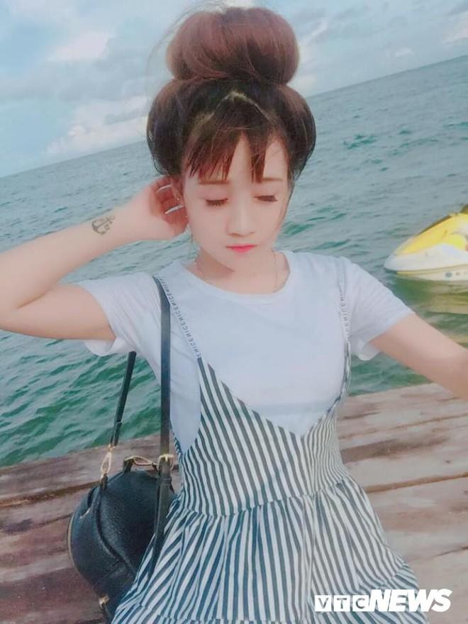 Ngỡ ngàng hot girl Sài thành 27 tuổi trẻ trung như học sinh cấp 2 - ảnh 5