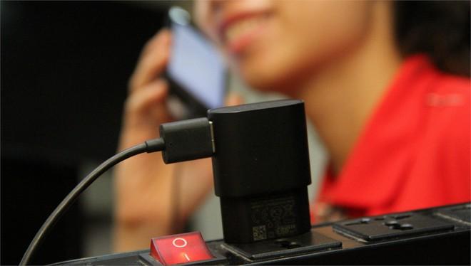 Người hay dùng điện thoại hãy ghi nhớ những nguyên tắc sau để không gây hại sức khỏe - Ảnh 6.