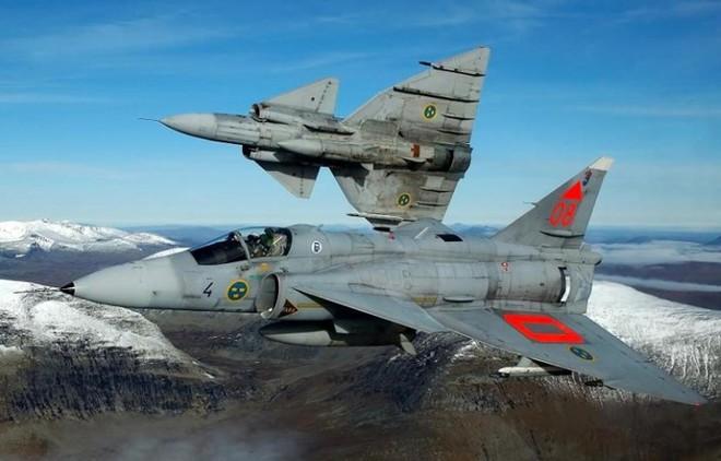 """Saab 35 Draken: """"Rồng sắt"""" đáng sợ của Không quân Thụy Điển - Ảnh 7."""