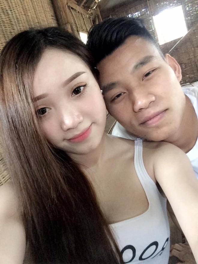 Các hot boy U23 Việt Nam và dàn WAGs xinh đẹp - Ảnh 9.