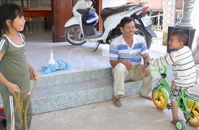 Thai nhi kỳ diệu ở An Giang bây giờ ra sao? - Ảnh 9.