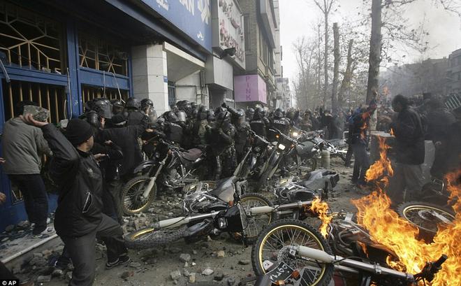 """Thủ tướng Israel """"thổi lửa"""" vào Iran: Ngày chính quyền Tehran sụp đổ, hai nước lại là bạn"""