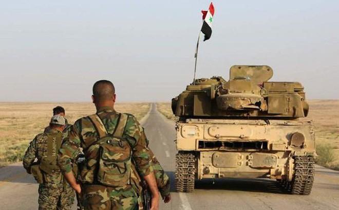"""""""Hổ Syria"""" tung đòn chia cắt phiến quân tại bắc Hama và nam Idlib"""