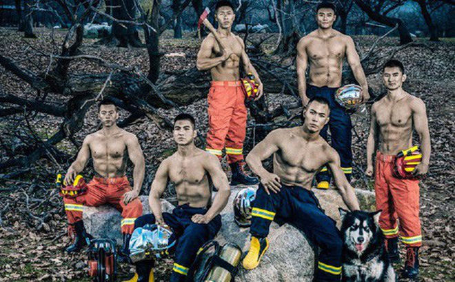"""Chỉ là ảnh lịch thôi mà các chàng lính cứu hỏa đã khiến chị em """"đổ rần rần"""" vì quá nóng bỏng"""