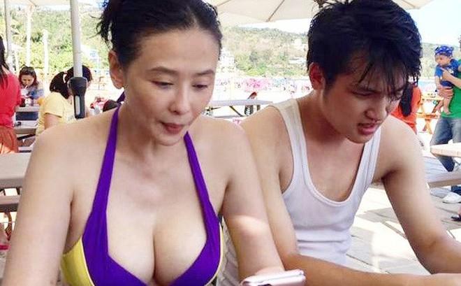 """Biểu tượng gợi cảm Đài Loan cưới tài xế Uber kém 15 tuổi, lương 23 triệu: """"Anh ấy bảo sẽ nuôi tôi"""""""