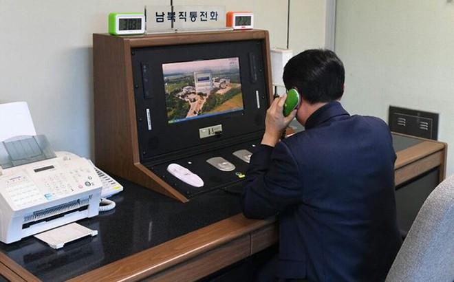 Cuộc điện thoại đầu tiên sau 2 năm của Triều Tiên – Hàn Quốc có gì?