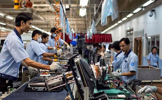 Việt Nam thuộc Top 3 nước tăng lương toàn cầu năm 2018