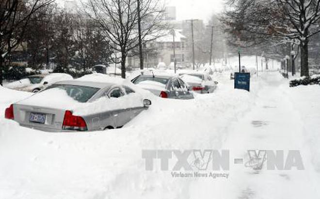"""""""Bom bão tuyết"""" hoành hành miền Đông nước Mỹ, ít nhất 4 người thiệt mạng"""